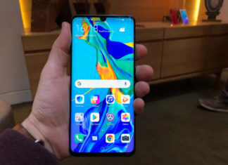 The P30 Pro from Huawei stands out in front of